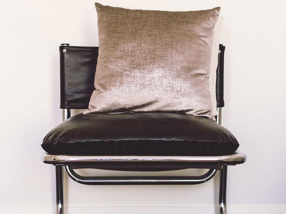 chair-1160538