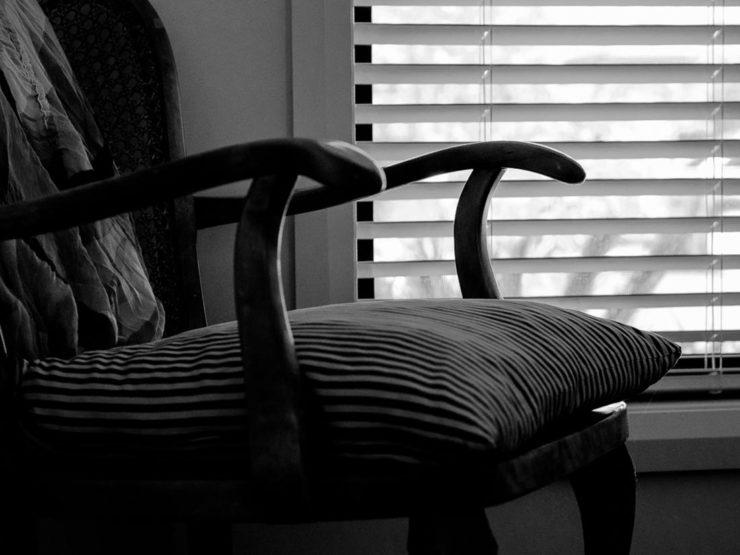 chair-1160600
